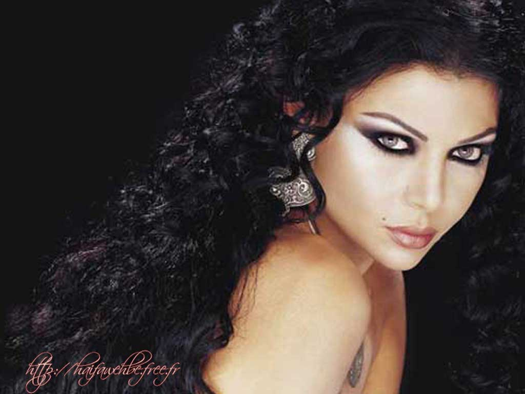 Hayfa wehbe naked breast